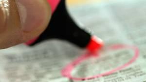 Böse Überraschungen vermeiden: Mit unseren Tipps verstehen Sie die Kürzel