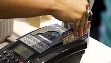 Gerade kleine Beträge für Zigaretten und Essen können die Sparsumme mindern