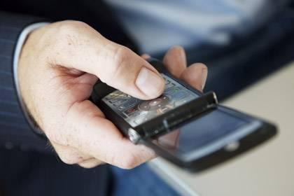 Die lästige Suche nach Handynummern könnte mal ein Ende haben, doch billig wird der neue Service nicht sein