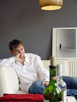 Viele Sozialphobiker versuchen ihre Angst mit Alkohol zu betäuben