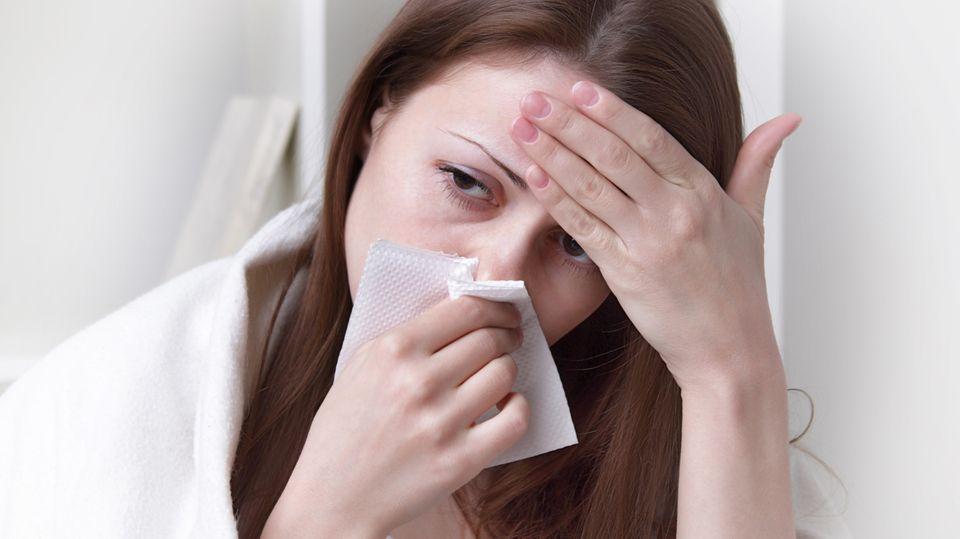 Eine Erkältung ist harmlos, eine Grippe kann gefährlich werden.