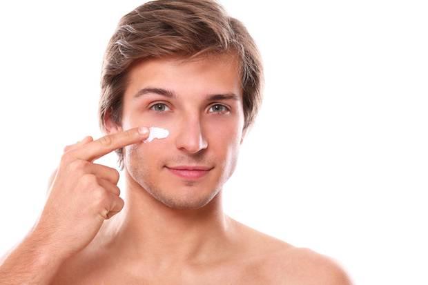 Erst rasieren, dann cremen: Er weiß, was gut ist