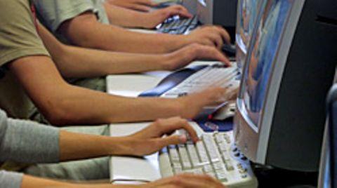 Soziale Netzwerke verlassen sich auf die Mithilfe ihrer Nutzer