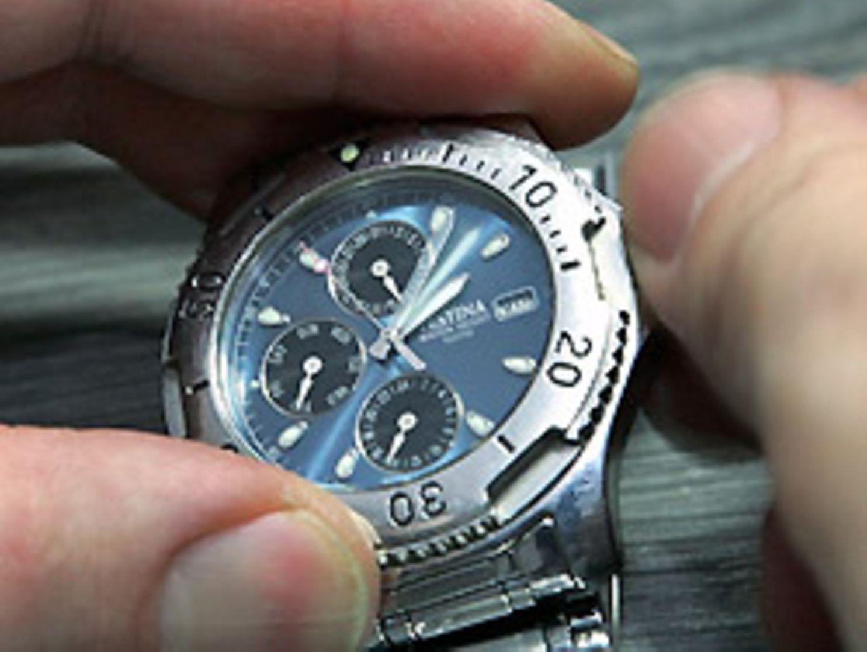 Zum Beginn der Winterzeit werden die Uhren eine Stunde zurückgestellt