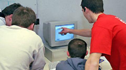 Besonders jugendlichen Computerfreaks ist Leetspeak in Fleisch und Blut übergegangen