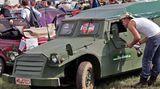 Ein zum Schützenpanzer umgebauter Trabant aus dem Jahr 1972