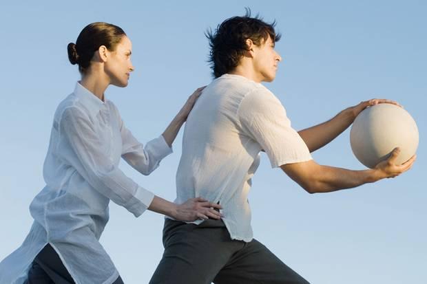 Entspannungsübungen wie Qigong können Seele und Körper wieder in Einklang bringen