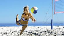 Beim Sport verbraucht der Körper viele Kalorien. Das hilft, das Gewicht zu halten