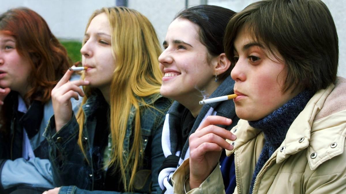 Jugendliche und Rauchen: Rauchen statt Essen | STERN.de