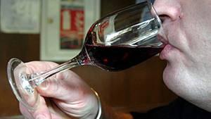 In Rotweinen aus Argentinien haben Behörden die Substanz Natamycin entdeckt