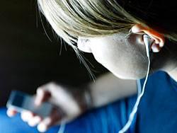Illegale Musikdownloads sind einer Amerikanerin jetzt zum Verhängnis geworden. Ein Gericht verurteilte sie zu einer Strafe von 1,9 Millionen Dollar