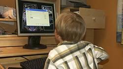 Eine aktuelle Studie ergab: Bei jedem dritten Kind stehen PC und Fernseher im Kinderzimmer