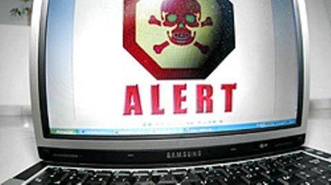 Vorsicht bei der Eingabe von Kreditkartennummern: so mancher Hacker freut sich über die Daten