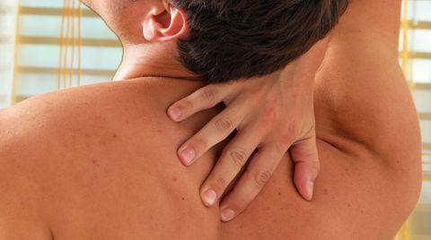 Tag der Rückengesundheit: Die zehn schlimmsten Dinge für die Wirbelsäule