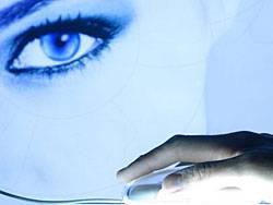 Psychiatrische Online-Nachsorge: Patienten treffen sich mit ihrem Therapeuten im Chat