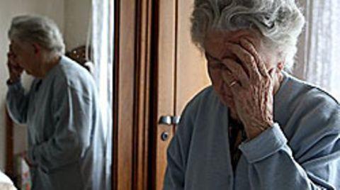 Jedes Jahr erkranken rund 250.000 Menschen in Deutschland an Alzheimer. Ein neuer Wirksstoff soll die Behandung revolutionieren