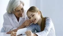 Die Spendable Omi ist kein Einzelfall: Deutschlands Großeltern geben gern und viel, zeigt eine stern-Umfrage