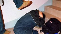 Immer häufiger kommt es zu Gewalt an Schulen. Oft filmen die Täter ihre Opfer dabei mit ihrem Handy und veröffentlichen dann die Filme