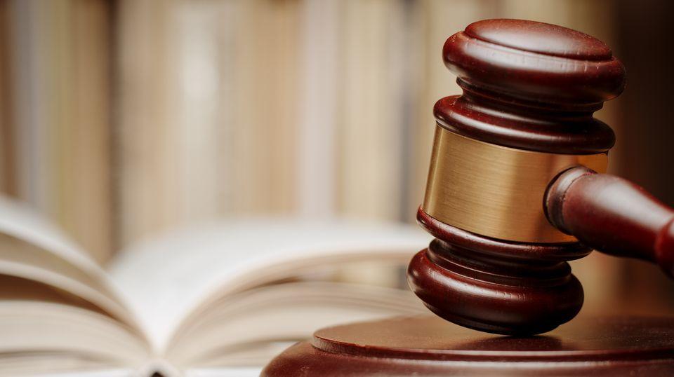 Sittenwidrige Klauseln: Was beim Ehevertrag nicht erlaubt ist