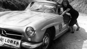Der Flügeltürbenz in der Nähe von Rom. Sophia Loren war die stolze Besitzerin