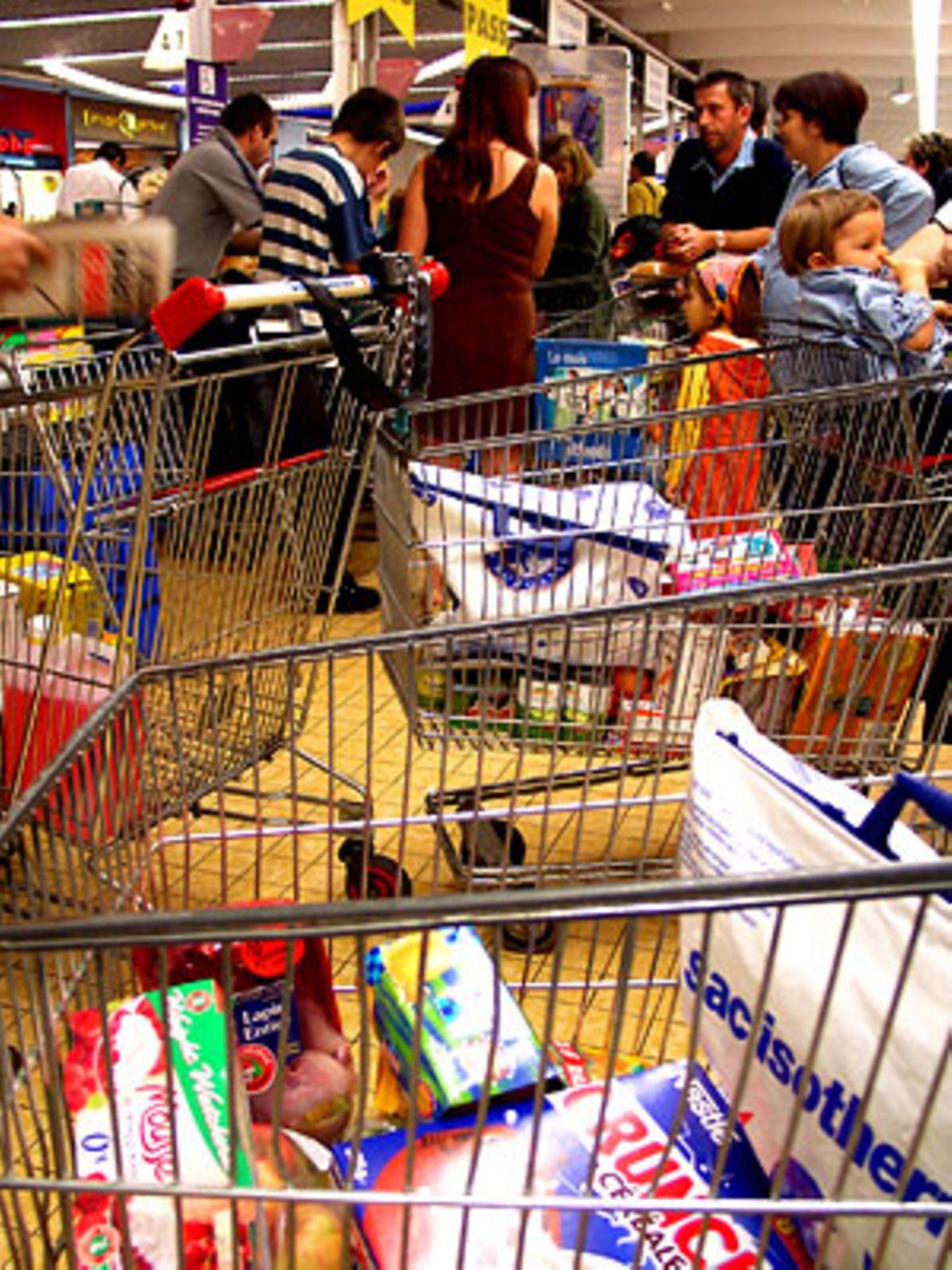 """""""Darf ich bitte mal vorbei?"""" An der Supermarktkasse gelten ganz eigene Regeln"""