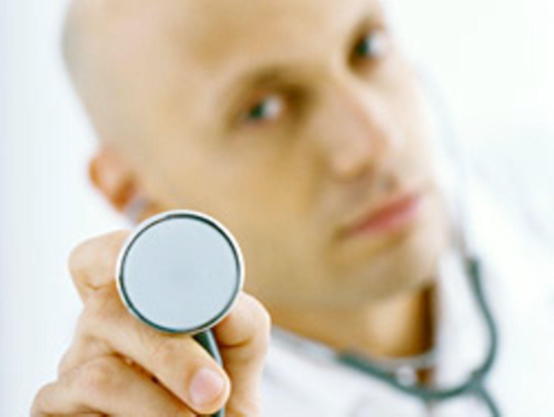 Was Sie von diesem Arzt halten, können Sie in Bewertungsportalen loswerden