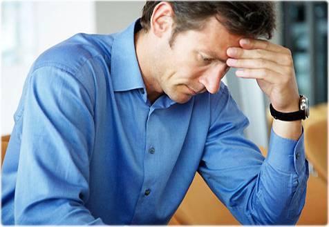 Gehen Sie zum Neurologen, wenn Ihre Kopfschmerzen immer schlimmer werden