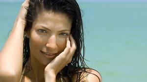 Aussehen ist nicht alles - aber viel    Das Aussehen spielt bei Jüngeren eine große Rolle:  65 Prozent der Single-Männer und 56 Prozent der alleinstehenden Frauen unter 29 Jahren legen Wert auf ein attraktives  Äußeres