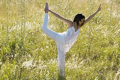 Wer Rückenprobleme hat, kann die Muskulatur durch Tai Chi stärken
