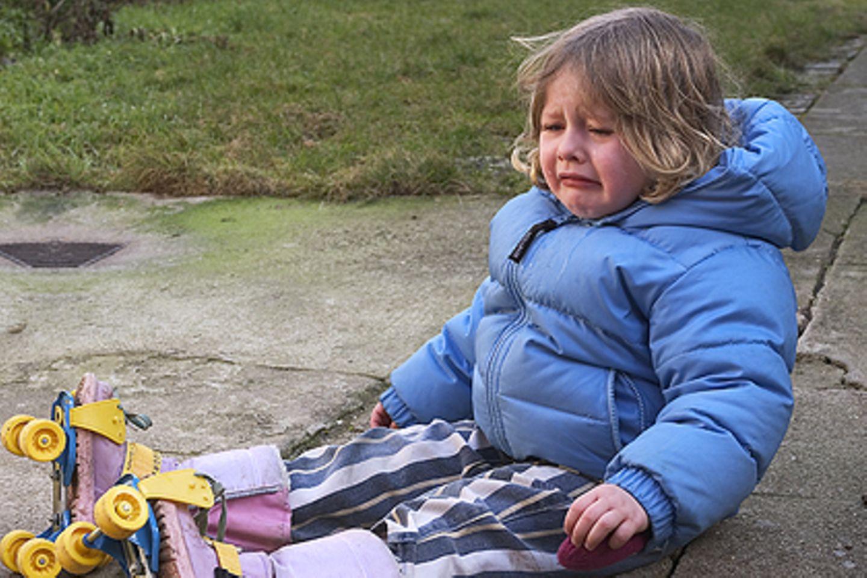 Kinder verletzten sich allzu oft: Da ist ein Haftpflichtversicherung absolute Pflicht