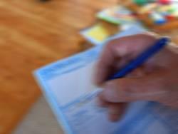 Achtung: Notieren Sie nicht nur die Wohnungmängel im Protokoll, sondern halten Sie die Schäden auch per Foto fest