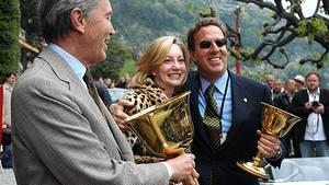 Der Höhepunkt eines Sammlerlebens: Jeff Fischer mit Goldpokal