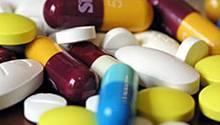 Kinder und Ältere erhalten in Deutschland oft unnötig oder riskant viele Medikamente, bemängelt der Sachverständigenrat