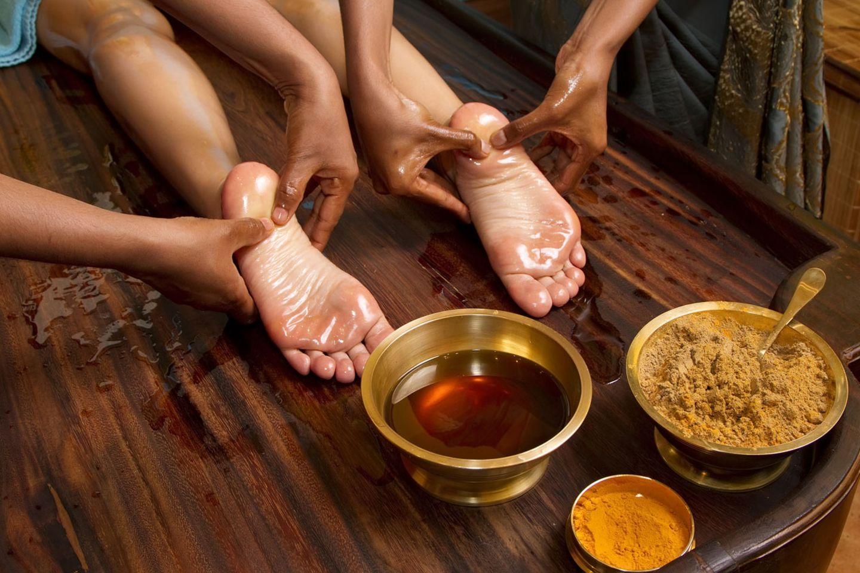Die indische Ölmassage hilft gegen Durchblutungsstörungen