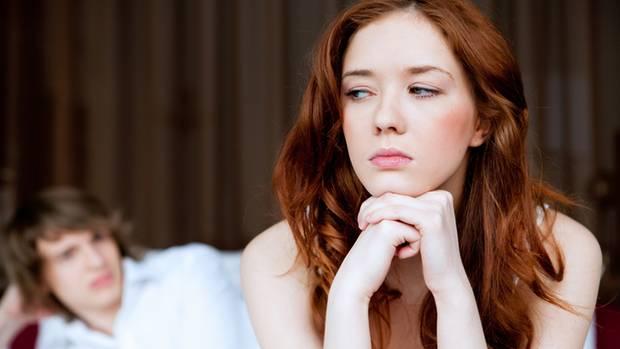 Lustlosigkeit kann ebenso körperliche wie psychische Ursachen haben