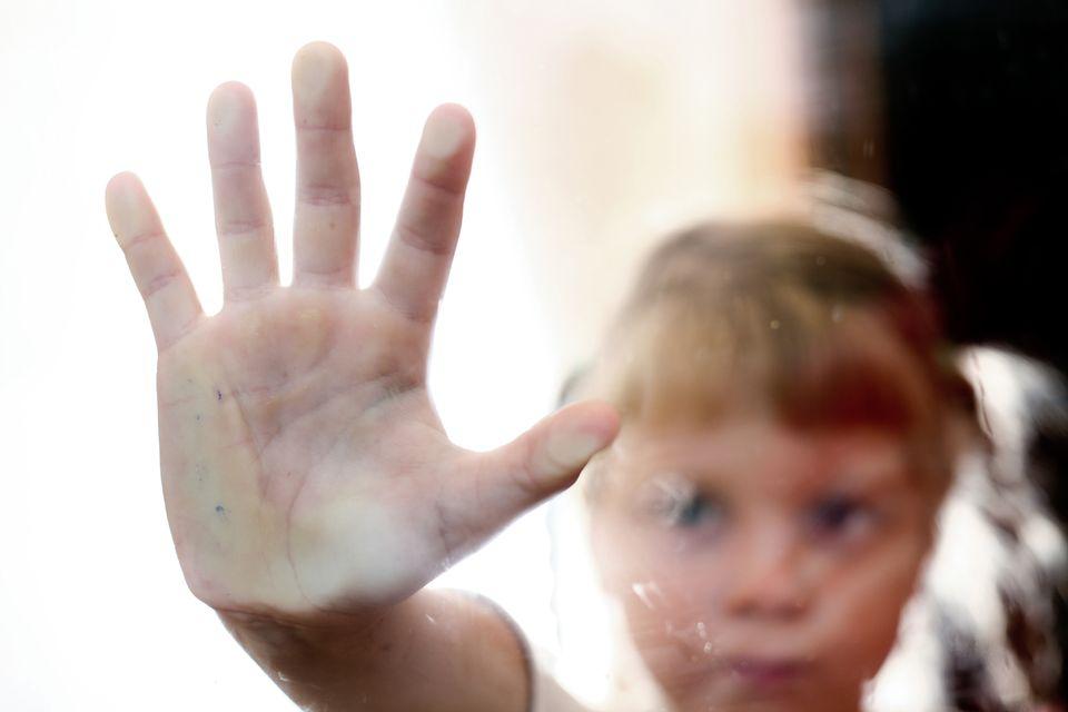 Kinder von Abhängigen haben ein sechsfach erhöhtes Risoko, später selbst süchtig zu werden