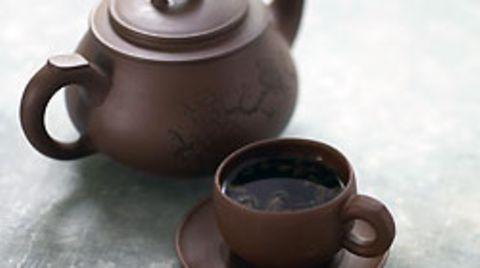 Ein Mann aus Wales hat die Asche seines Vaters zu einer Teekanne verarbeiten lassen