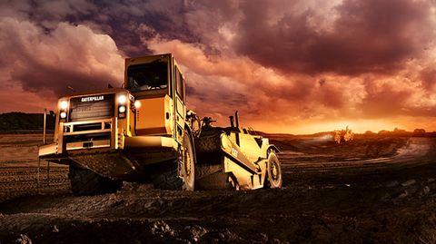 Caterpillar Scraper 627G – die Schürfzüge bereiten den Boden für ein Industriegebiet