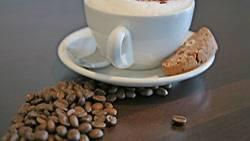 Kaffee, eines der Lieblingsgetränke der Deutschen. Allein im Jahr 2007 wurden pro Einwohner 25 Pfund Kaffee importiert