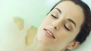 Empfindliche Haut verträgt keine zu langen und heißen Bäder