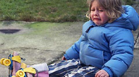 Nicht immer verläuft der Unfall eines Kindes so gimpflich - deshalb muss der Nachwuchs abgesichert sein