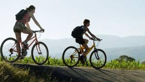 Abnehmen durch Sport: Auch Radfahren ist ein effektiver Kilo-Killer