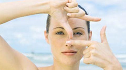Frühere Studien zeigten: Symmetrische Gesichter wirken attraktiver