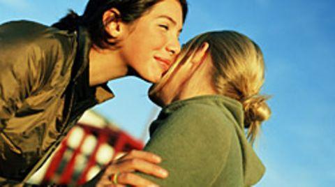 Glück breitet sich rasch unter Freunden aus