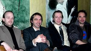 Oliver Stangl, Nils Koppruch, Red und Andreas Voss (v.l.n.r.) beim Interview in Hamburg