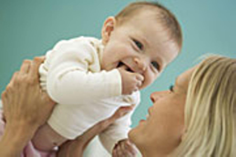 Gut lachen: Jedes zweite derzeit geborene Baby hat gute Chancen, über 100 Jahre alt zu werden