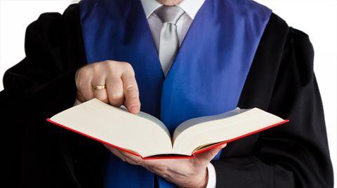 Rechtlicher Beistand: Wie Sie den richtigen Anwalt finden