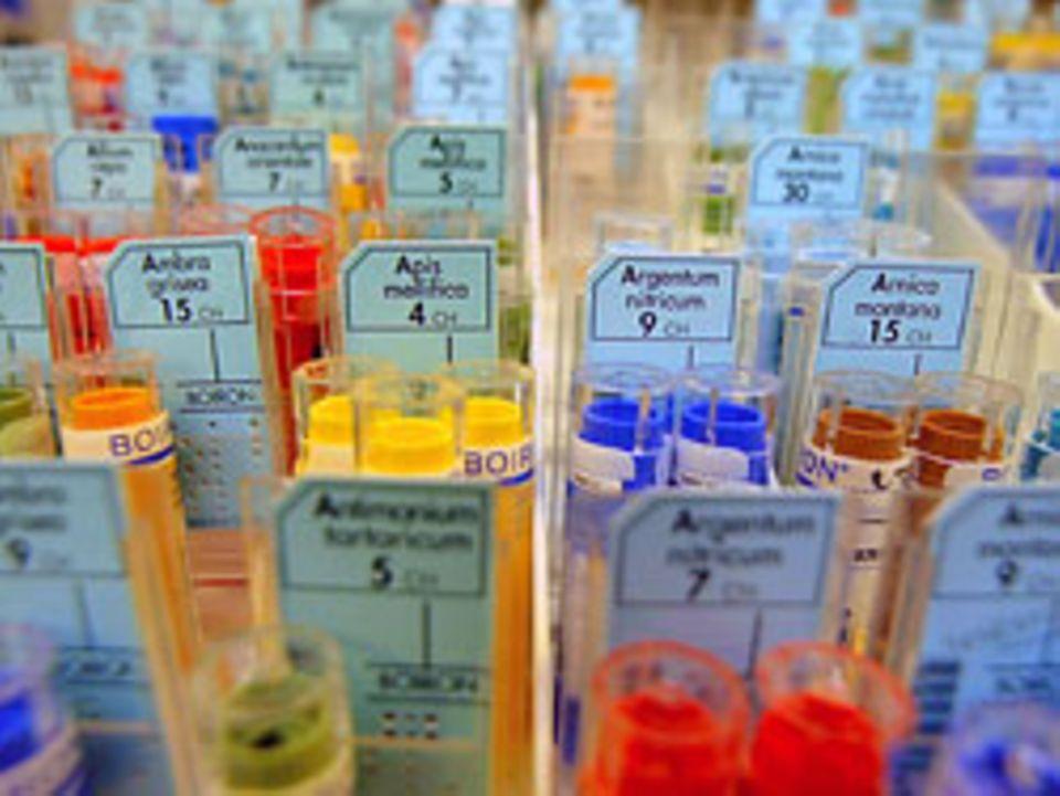 Homöopathische Medikamente: Zweifel am Memory-Effekt