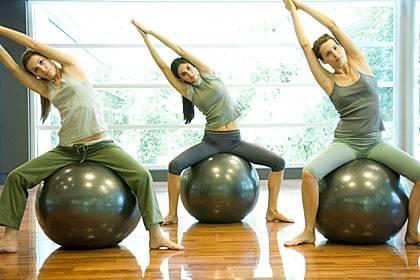 Gymnastik - ohne große Hüpfeinlagen - kann auch mit Gelenkproblemen Spaß bringen
