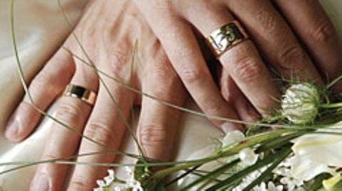 Ab dem kommenden Jahr müssen Brautleute nicht mehr unbedingt zum Standesamt gehen